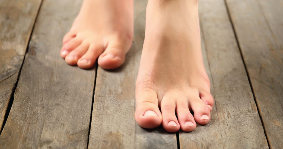 Ingrown Toe Nail - Women Fitness