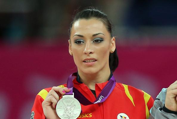 Top 10 Most Flexible Women Gymnasts' Inspiring Life ...