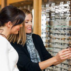 Choosing Eyeglasses That Suits You