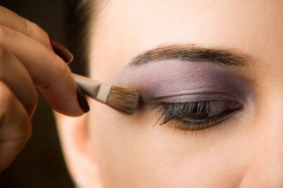 Eye Shadow: Go Big in 2015