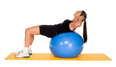 Crunch on exercise ball