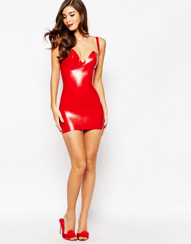 latex dressing latest fashion trend among celebrities women fitness