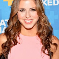 """Clare Galterio: Music Choice Network TV Show """"You & A"""" Host Reveals Her Gluten Free Diet"""