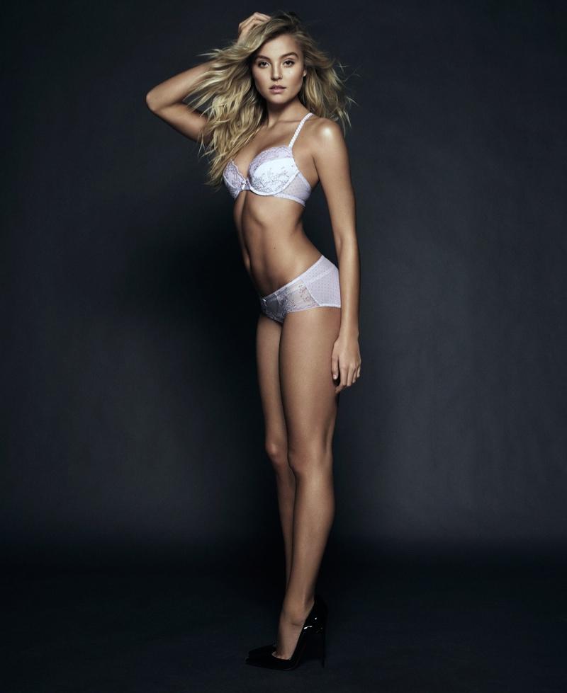 Victoria's Secret Angel Sara Sampaio Spills Her Fitness ...