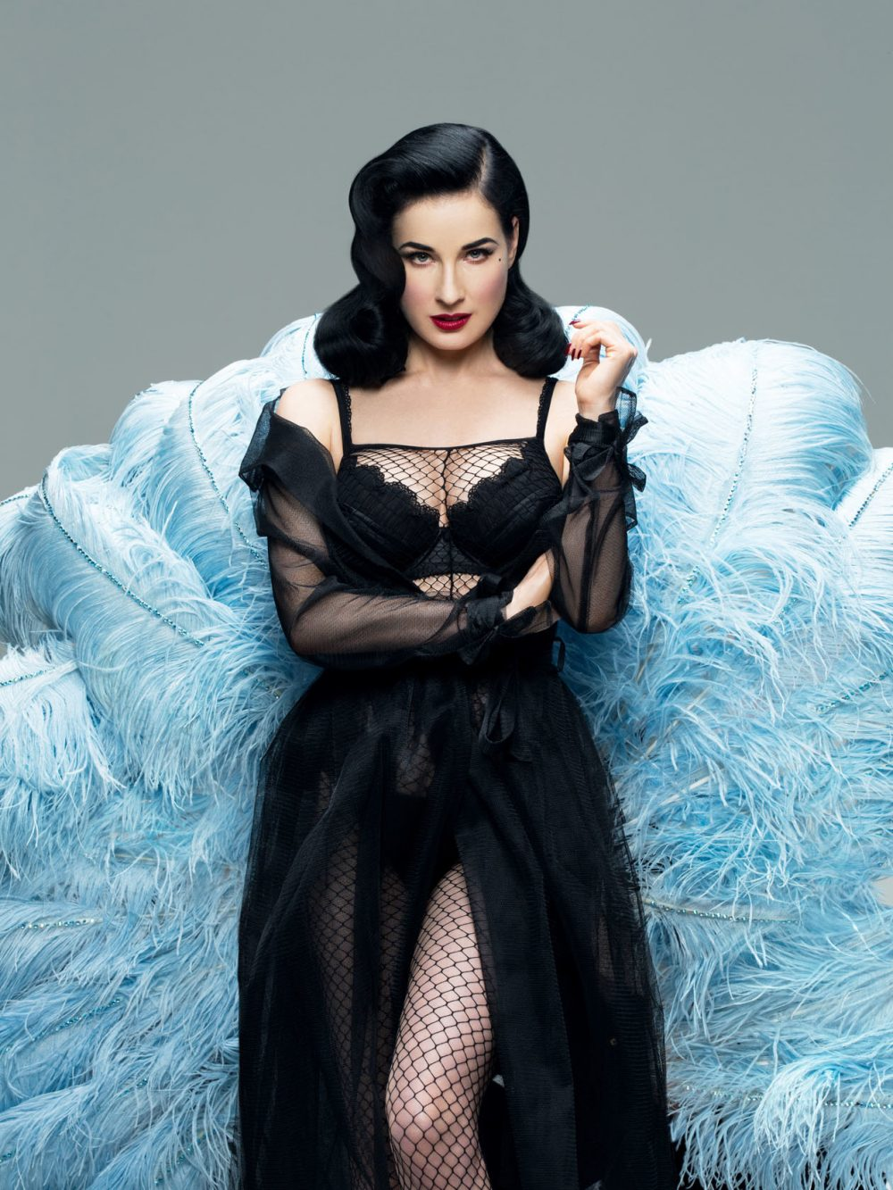burlesque queen dita von teese shares her fitness beauty secrets page 4 of 4 women fitness. Black Bedroom Furniture Sets. Home Design Ideas
