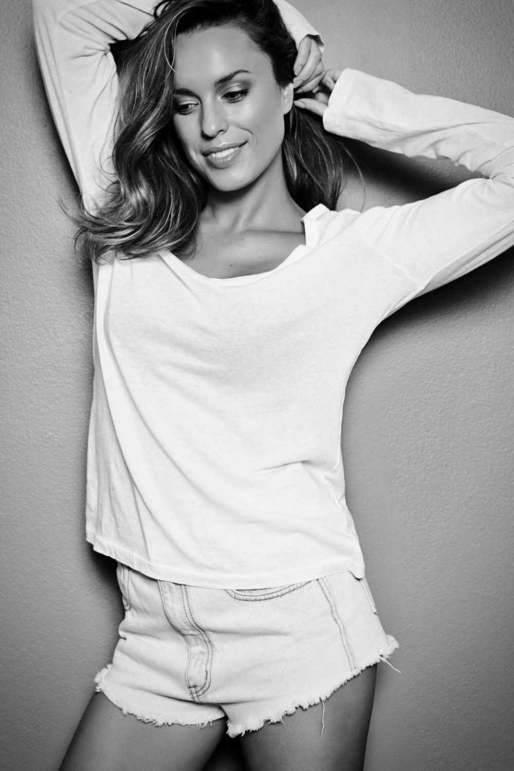 Stunning Actress Jessica Mcnamee On Living Her Hollywood