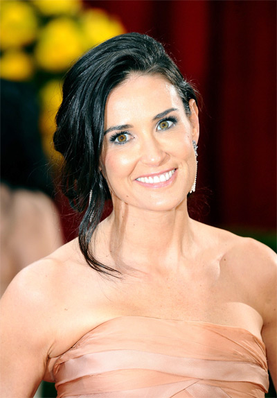 Demi Moore - Top 10 Secret Beauty and Health Treatments Celebrities use to Look Stunners