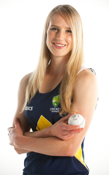 Ellyse Perry: Youngest Person to represent Australia in Cricket Reveals her Workout, Diet and Beauty Secrets