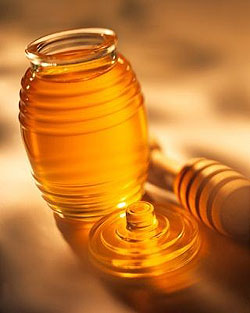 Honey: a treat for your skin
