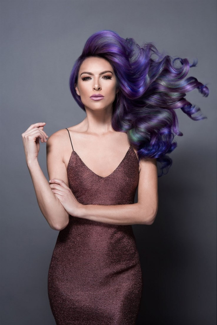Jazz Up Your Hair With Quot Oil Slick Quot Effect Women Fitness