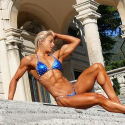 Clare Taubman (Hendy): WBFF Pro Figure Athlete Reveals Her Fitness Secrets