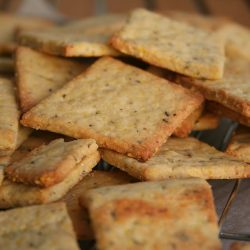 Cornmeal Herb Crisp Crackers