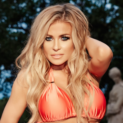 The Baywatch Beauty Carmen Electra Unveils Her Fitness & Beauty Secrets!