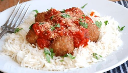 Spicy Meatballs With Red Rice