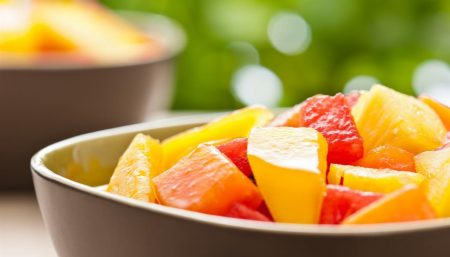 Warm Tropical Fruit Salad Baskets
