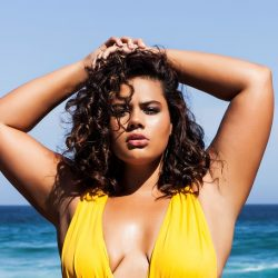 The First Ever Selfridges Plus-size Model Mahalia Handley Talks Body Positivity!