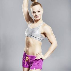 Oona Kivelä: International Pole Champion 2012 Reveals her Workout, Paleo Diet and Success Secrets