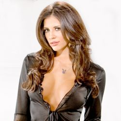 Hope Dworaczyk: One of the Most Beautiful Model in the World Reveals Her Fitness Secrets
