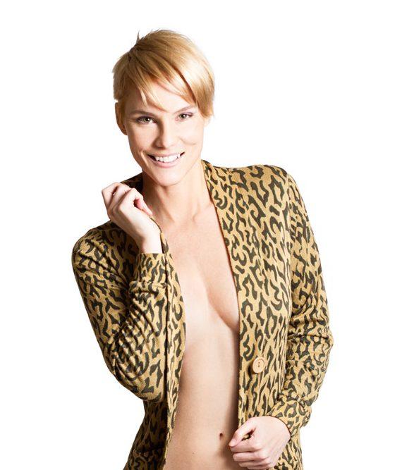 Lisa Michelle Dixon, model.