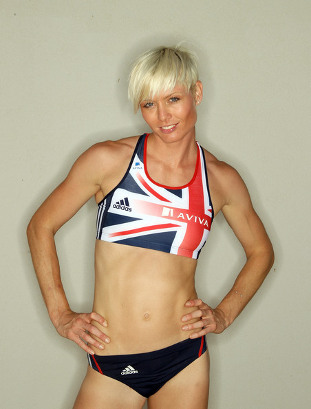 Victoria Barr Bronze Medallist 2010 European Championships in the 4x400m relay In 2010, Victoria won a bronze medal representing Great Britain at the 2010 European Championships in the 4x400m relay.