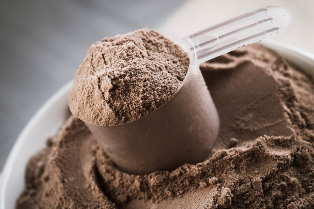 7 Tips for Using Dietary and Whey Protein Safely