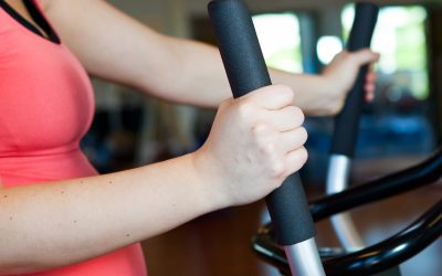What is a 'normal' blood pressure response during exercise testing?