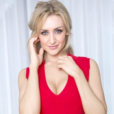 Coronation Street's Star Catherine Tyldesley Unveils Her Workout Routine, Breakfast Favorites & Skincare Tips
