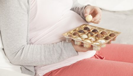 Pregnant moms and their offspring should limit added sugars