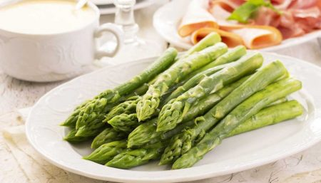 Top 10 Reasons Why You Should Eat Asparagus