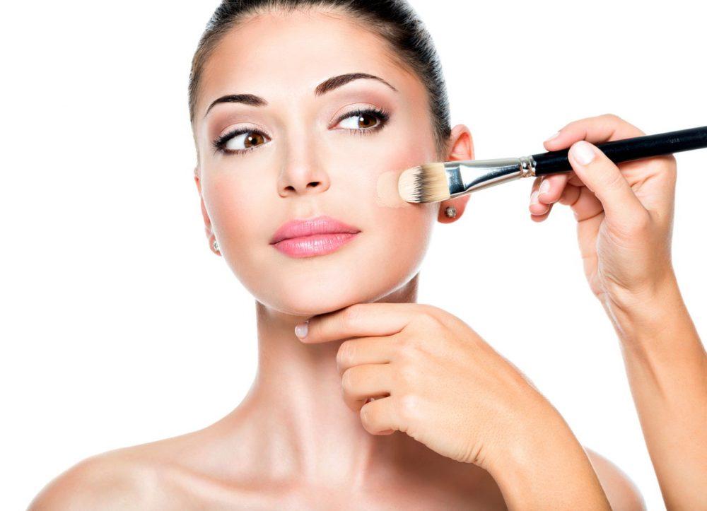 Maquillage pour masquer le psoriasis facial &quot;width =&quot; 1000 &quot;height =&quot; 723 &quot;/&gt;</p><div style=
