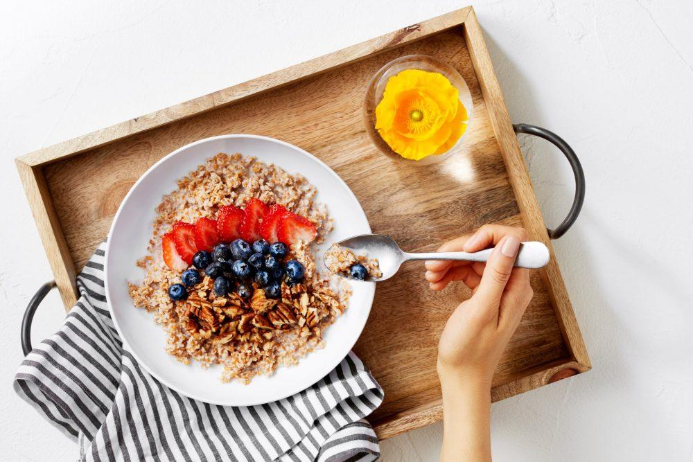 Eating breakfast burns more carbs