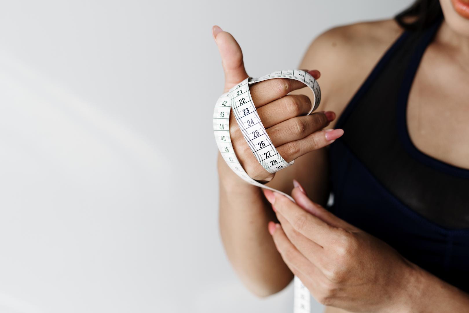 brûleurs de graisse &quot;width =&quot; 1620 &quot;height =&quot; 1080 &quot;/&gt;</p><p>Bien sûr, les brûleurs de graisse ne sont pas des pilules miracles. Ils ne peuvent jamais compenser une mauvaise alimentation et aucun exercice. En fin de compte, ils sont conçus pour faciliter votre parcours de remise en forme. Si vous voulez vraiment en tirer les bénéfices, établissez vos bases avec un plan de remise en forme à toute épreuve, une alimentation saine et un dévouement sans égal. Soyez généreux avec votre apport en protéines et votre hydratation, surtout depuis que les brûleurs de graisse ont tendance à vous déshydrater. De plus, n'oubliez pas que la perte de sommeil et la perte de graisse vont de pair. Visez huit heures ou plus de repos nocturne. Tous ces éléments vous permettront de tirer le meilleur parti de vos brûleurs de graisse.</p><p><button id=