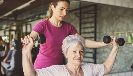 Increased muscle mass improves response to cancer treatment