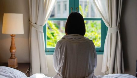 Being a 'morning person' linked to lower risk of breast cancer