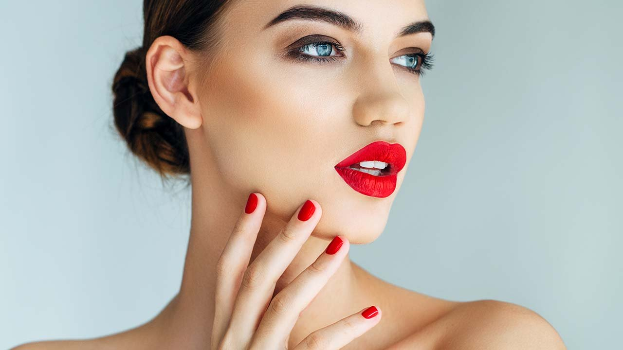6 Christmas Makeup Looks That You Can Totally Diy Women