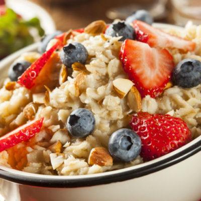 Oatmeal with Fresh Fruit