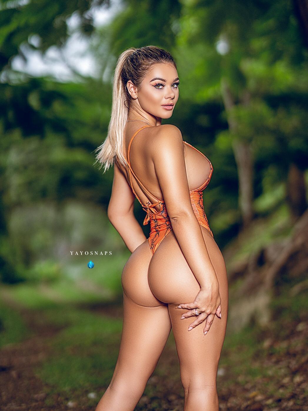 Tahlia Paris, Model