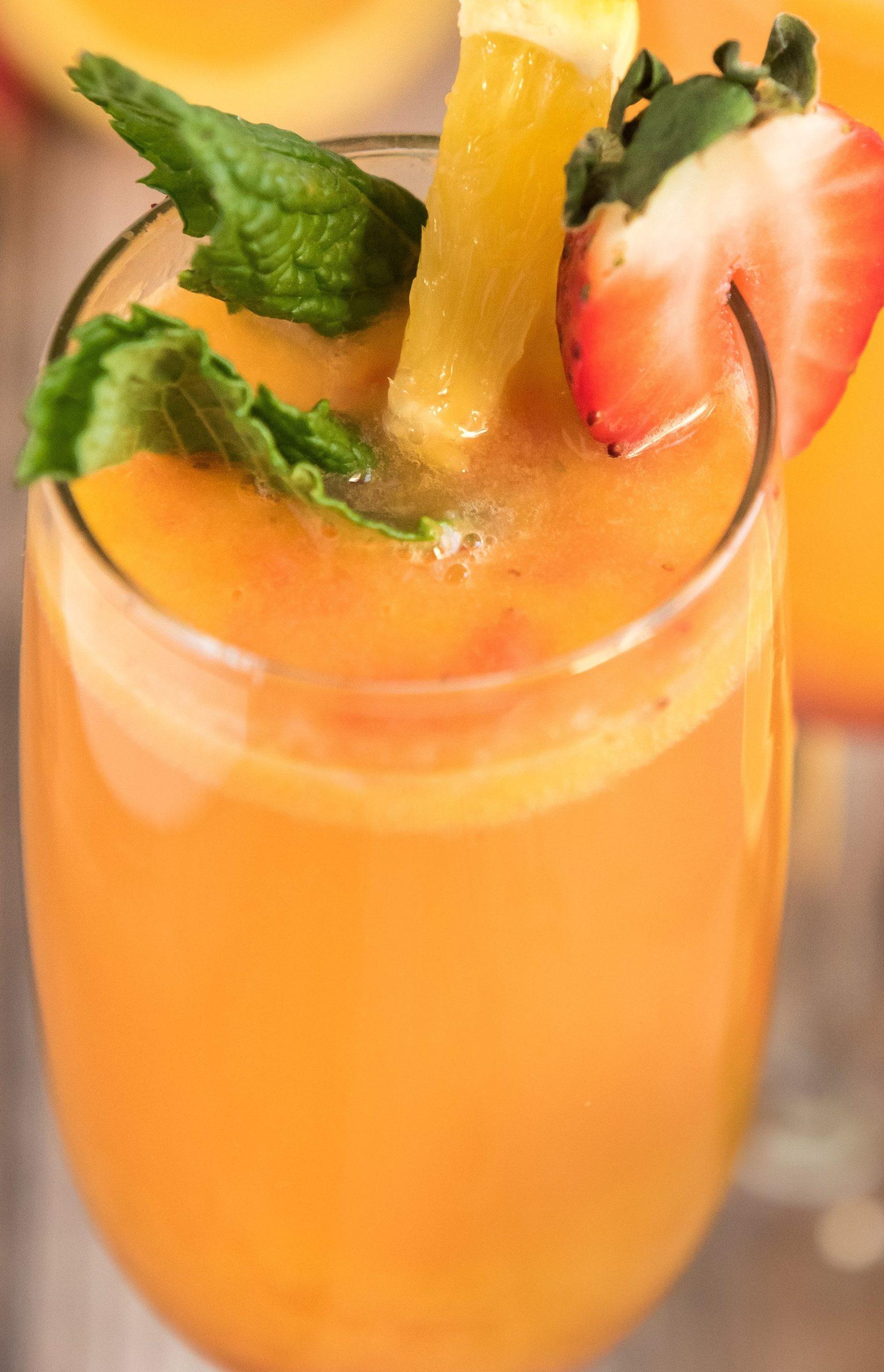 fresh strawberry mimosa